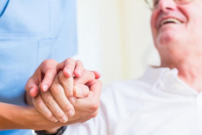 FP Baix Empordà | Grau Mig - Atenció a persones en situació de dependència